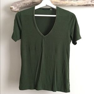 Elie Tahari Green V-Neck T-shirt